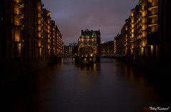 Hamburg Speicherstadt Twilight Lights (Benjamin von Tilly Kistner) Tags: street old city travel bridge blue light building abandoned mystery architecture night contrast germany de geotagged deutschland photography eos dawn lights licht canal scary twilight wasser europe photos nacht alt strasse hamburg creepy spooky german horror bluehour kanal dmmerung fleet hafen brcke canoneos speicherstadt beton lichter wather hafencity habour habor langzeitbelichtung norddeutschland blaue blauestunde lagerhalle beleuchtet canon1785is strase canon1785 daemmerung horrorhouse canoneos60d eos60d tripleniceshot mygearandme ringexcellence dblringexcellence flickrstruereflection1 flickrstruereflection3