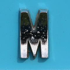 letter M (Leo Reynolds) Tags: canon eos iso100 m 300mm mmm letter oneletter 30d f67 0ev hpexif 0002sec grouponeletter lettersilver xsquarex xleol30x xratio1x1x xxx2008xxx