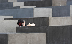 The details.... (Little_g_86) Tags: berlin female canon hair eos grey holocaust fotografieren photographer details grau raindrops frau photographed mahnmal holocaustmahnmal fotografin 400d eos400d