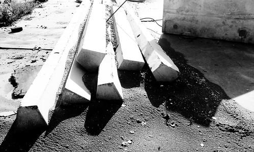 concrete b/w