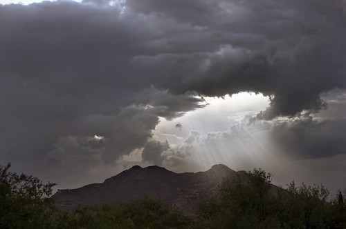 [Free Image] Nature / Landscape, Cloud, Dark Clouds, Mountain, Sunlight / Crepuscular Rays, 201107220500