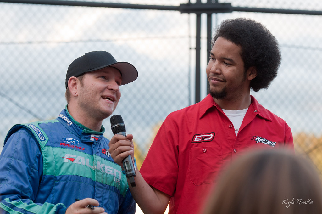 Justin Pawlak speaking to the fans at Evergreen Extreme Night.JPG