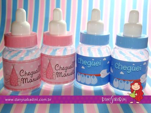 Mini mamadeiras personalizadas com adesivo. by DanySabadini