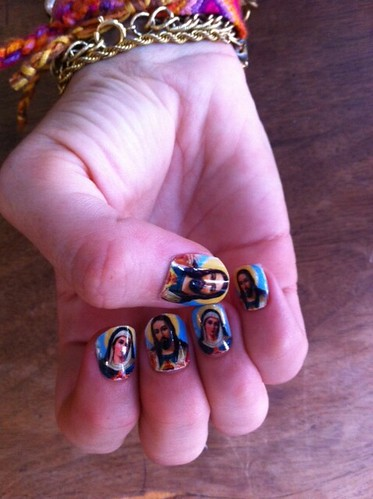 Jesus and the Virgin Mary manicure