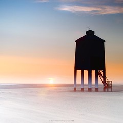 Burnham (Scott Howse) Tags: uk sunset england sky lighthouse coast sand somerset lee filters burnham graduated 09h 09s