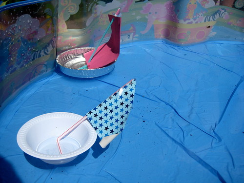 how to make a toy boat go racing