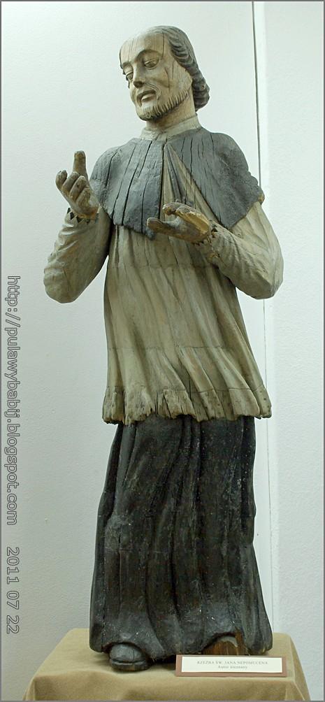 Rzeżba ludowa św. Jana Nepomucena w Muzeum Ziemi Biłgorajskiej