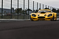 Yellow stuff #3 (Mathias Cohen-Boulakia) Tags: car yellow canon eos track mr lotus elise vertigo sigma s voiture toyota 17 s1 300 s3 70 circuit mathias rare mr2 haute s2 potting exotics piste exige sportcar gillet 70300 500d carspotting saintonge monoplace beltoise