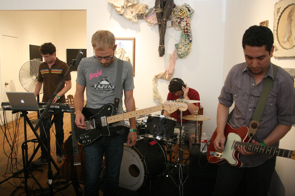 Mombi ::: illiterate Gallery @UMS ::: 07.23.11
