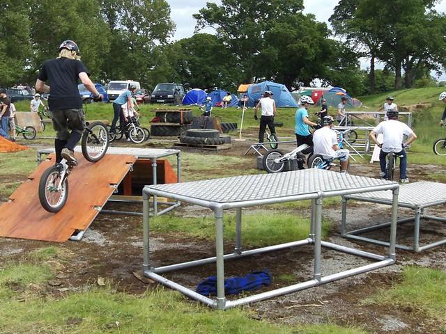 Kee Lite Bike Obstacles