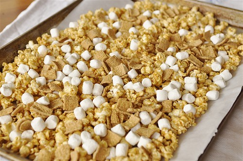 S'mores Caramel Popcorn - why not take traditional caramel corn and add s'mores to it? Yum!  Step 1