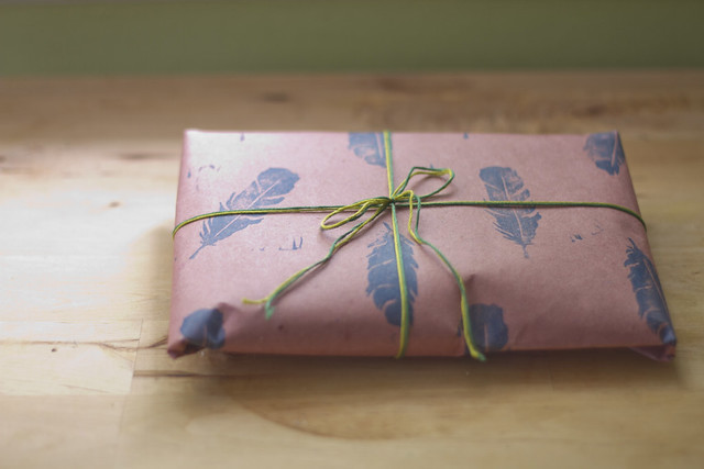 feather wrapping paper