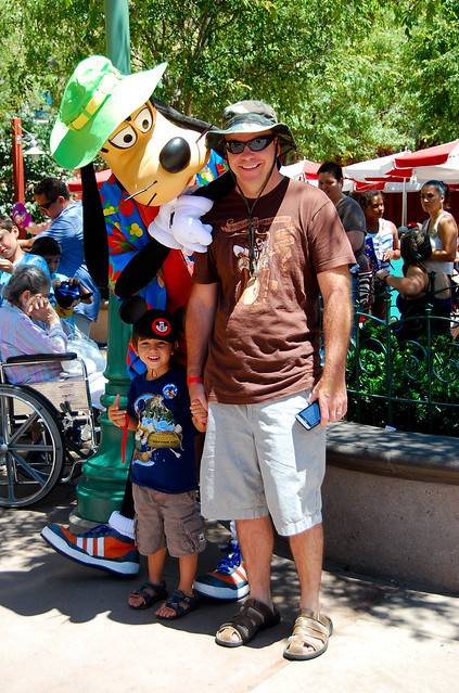 Goofy being Googy