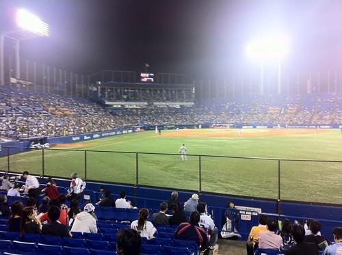 これがプロ野球か。結構この雰囲気は個人的に新鮮。阪神サイドやべぇ。