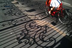 (Donato Buccella / sibemolle) Tags: italy girl bike bicycle milano bicicletta iphone santambrogio viacarducci sibemolle redmilan crisidastinenzaperriparazionecanon