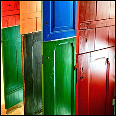 doors to different worlds (lemondeestanous) Tags: door portugal colors porte colori portogallo sinagoga castelodevide