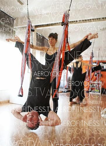 Yoga en Pareja Anti Gravity Tl: 91 457 22  15