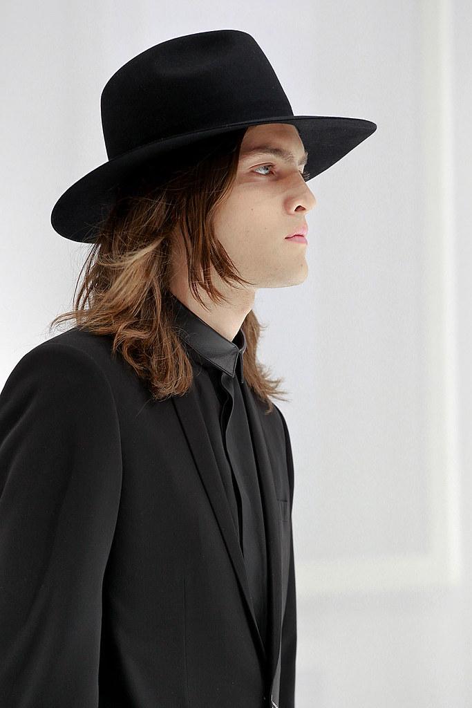 Marcel Castenmiller3307_SS12 Paris Dior Homme (VOGUEcom)
