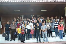 "Bank Mandiri Jakarta (2) • <a style=""font-size:0.8em;"" href=""http://www.flickr.com/photos/41601386@N04/5916470103/"" target=""_blank"">View on Flickr</a>"