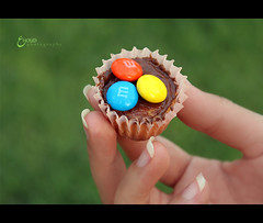 (3    d ) Tags: blue orange green yellow canon eos sweet mini cupcake       3houd ohoud
