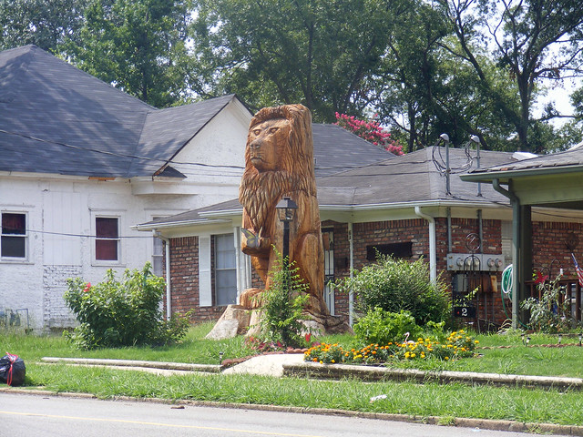 The Lion in East Lake. acnatta/Flickr