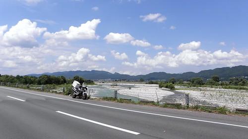 バイク便と高瀬川 2011-07-14 008