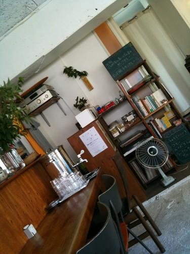 今日はカフェでランチ。