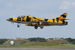 HB-RVV J-4206 Hawker Hunter T68 (Sonic Images) Tags: hunter raf hawker fairford riat t68 2011 jasongrant sonicimages hbrvv j4206