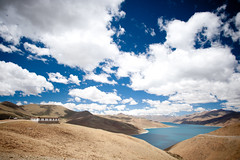 Yamdrok Lake (Amicus Telemarkorum) Tags: china sky lake mountains water clouds temple tibet yamdrok jeffrueppelphotograpy