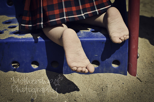 209:365 Sandy toes with kilt