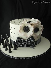 Peggy Porschen Birthday Cake (Signature Sweets) Tags: white black anemone peggyporschen