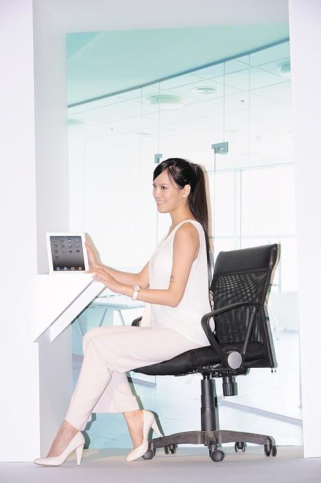 logitech-tablet-accessories-media