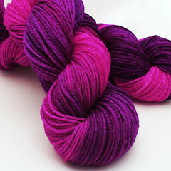 Miss Lippy Worsted SW Merino Yarn