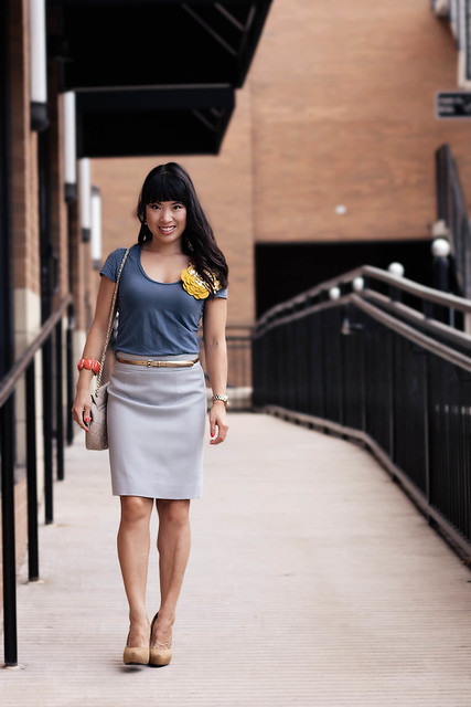 banana republic blue luxe tee j. crew wool crepe pencil skirt cool dusk ann taylor gold perfect patent skinny belt yesstyle sarah quilted beige chanel purse michael kors small runway mk5430 mustard pumps etta grace double dip mustard corsage