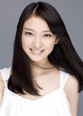 110726 - 預定2012年暑假上映的真人版電影《神劍闖江湖》確定由17歲「武井咲」主演17歲「神谷薰」! (2/2)