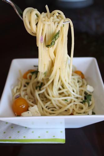 Lemon Caprese Pasta
