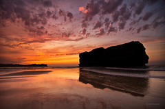 Al final del da (... and shadows) (Ahio) Tags: sunset sky beach clouds dusk shoreline lowtide marcantbrico cantabricsea smcpentaxda1224mmf40edalif pentaxk5