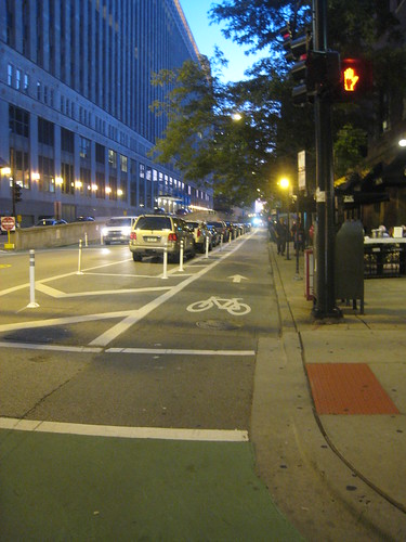 kinzie bike lane