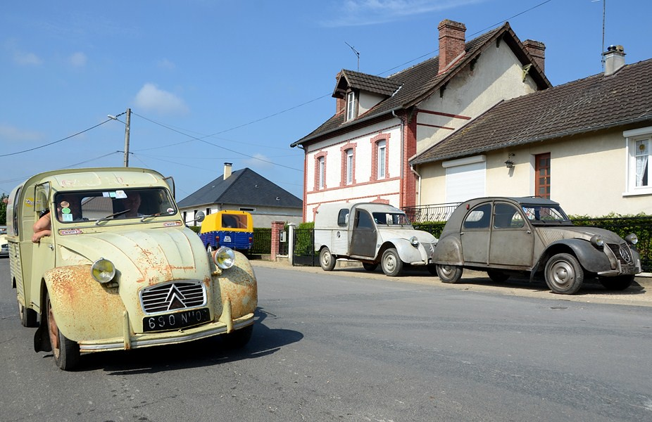 The world 39 s best photos of deuche and rust flickr hive mind for Garage auto narbonne