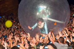 Wayne Coyne Riding the Crowd (mfajardo) Tags: dorothy drums costume colorado bass guitar livemusic screen pinkfloyd co redrocks morrison wizardofoz toto flaminglips tinman megaphone theflaminglips vocal restless redrocksamphitheater waynecoyne hamsterball cowardlylion musicphotography alternativerock spacerock spaceball psychedelicrock stevendrozd dreampop michaelivins kliphscurlock derekbrown neopsychedelia michaeljfajardo michaelfajardo mjfamous warnerbrosdarksideofthemoon