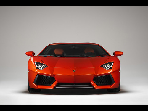 Video Top Gear Reviews the Lamborghini Aventador LP 700-4
