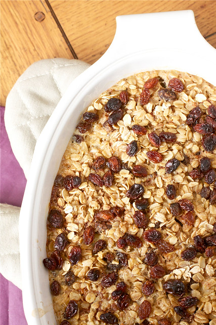 Baked Apple Cinnamon Raisin Oatmeal - Smells Like Home