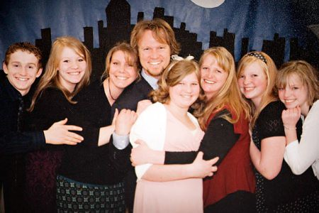 Review, Sister Wives,