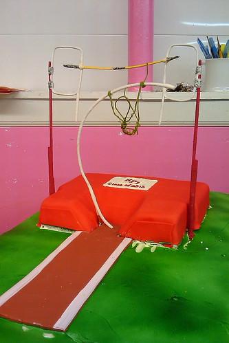 Pole Vaulting cake02