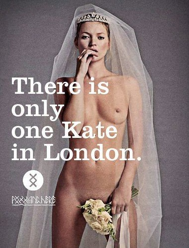 kate-moss-contro-il-matrimonio-reale-there-is-L-BvFfiG