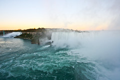 Niagara Falls (Oscar von Bonsdorff) Tags: usa newyork ontario canon studio niagarafalls waterfall unitedstates canadian pro northamerica bridalveilfalls photographing xsi horseshoefalls americanfalls niagarariver canonefs1022mmf3545usm canon1022 niagaraflle chutesniagara niagarafallen canonefs1022 canon1022usm 450d canonefs 1022usm  canonef1855 cascatedelniagara 10223545 cataratasdelnigara  oscarvonbonsdorff
