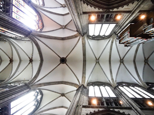 The vaulted ceilings of the Cologne Cathedral