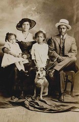 American family (Libby Hall Dog Photo) Tags: chien dogs cane hond perro gifts hund africanamerican dogphotography vintagephotographs kennelclub vintagedog
