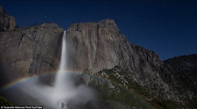 Dazzling arc of colour lights up night sky at Yosemite National Park  1