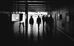 Balade en famille (sebakrolab) Tags: paris public canon skateboard a1 domaine gait lyrique